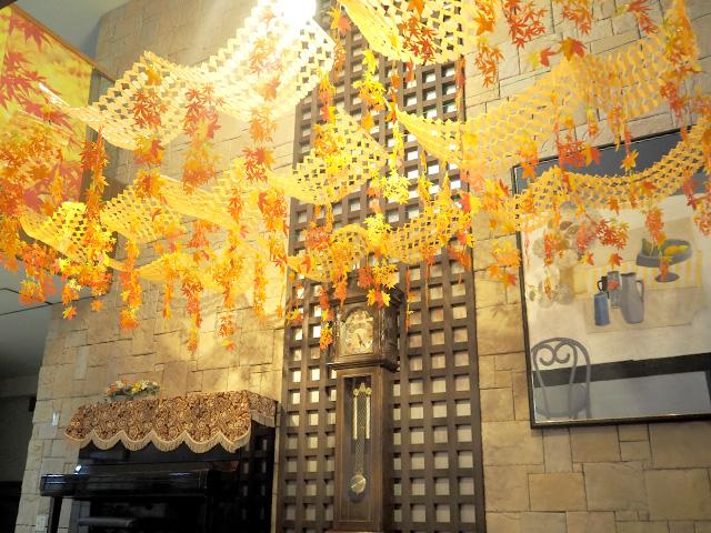 天井の高い玄関ホールは広々